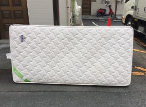 ベッド・マットレスの処分>福岡市博多区の不用品・粗大ゴミ回収
